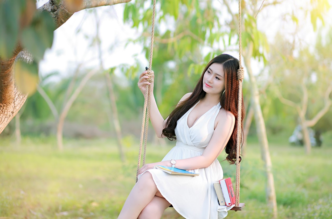 dreaming Chinese girl