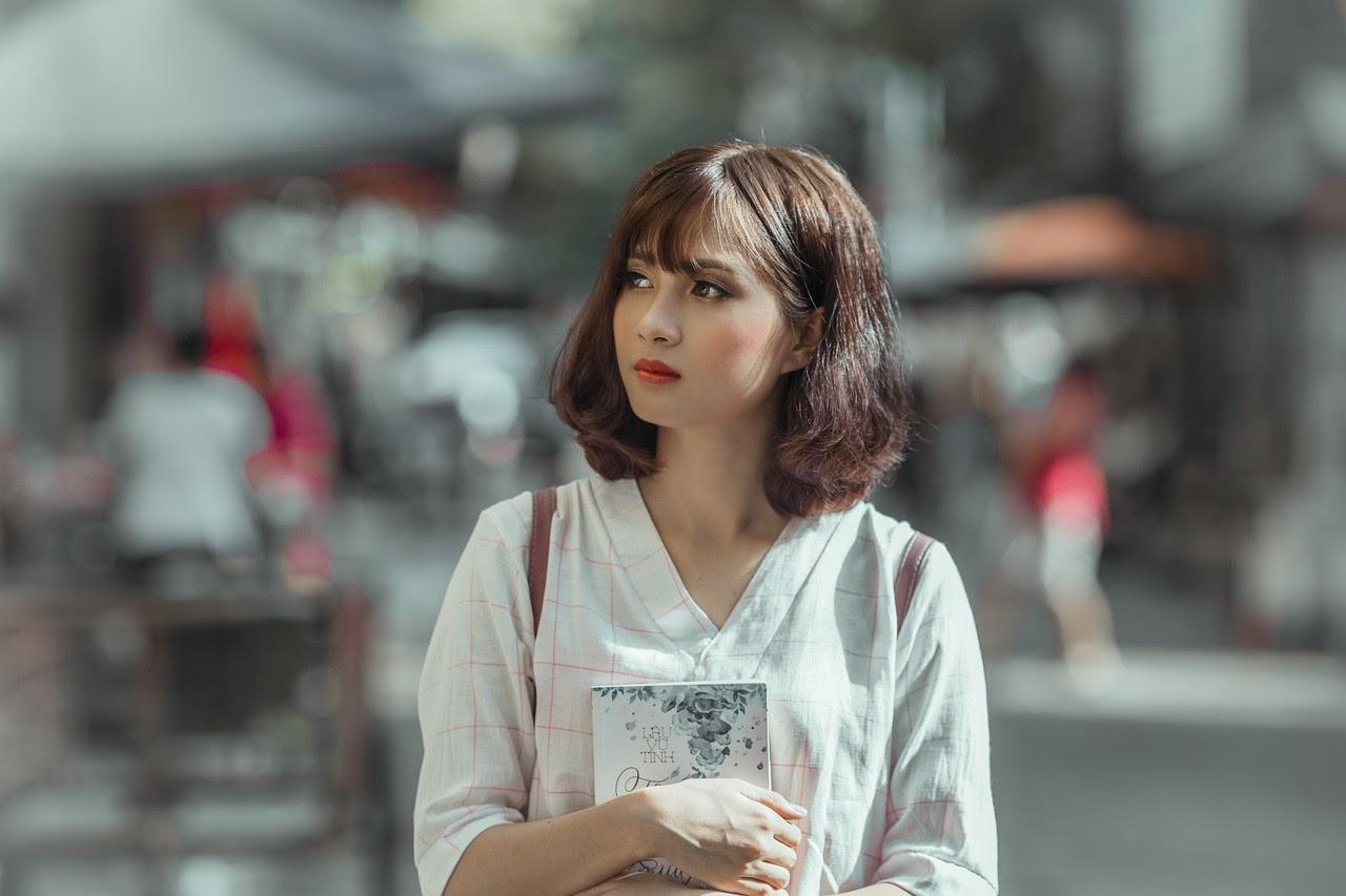 meet Philippine Woman